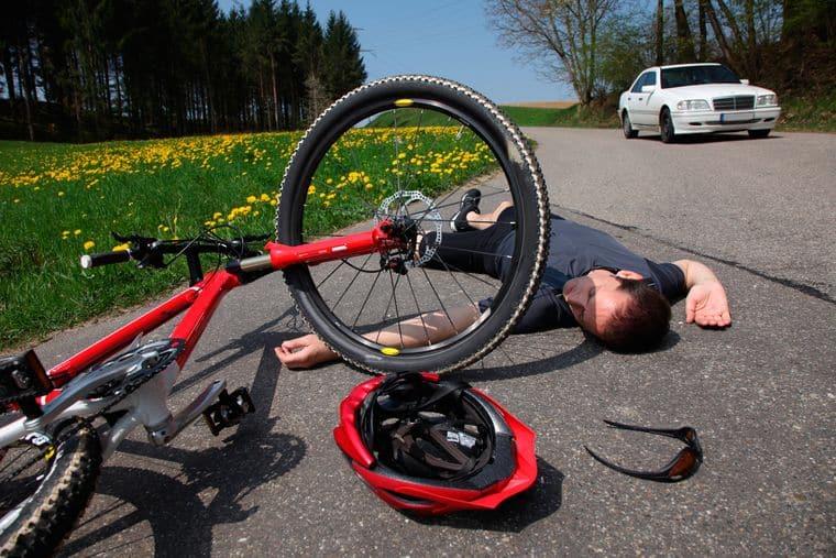 Первая помощь пострадавшему в автомобиле