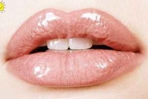 Необходимый уход за губами