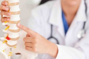 Шейный остеохондроз: особенности лечения у женщин