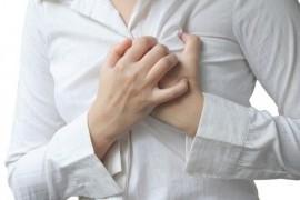 Почему возникает боль в груди