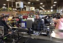 Преимущества защитных экранов для продавцов и кассиров