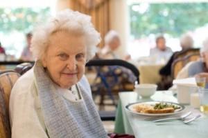Как выбрать пансионат для пожилых людей