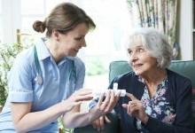 Что учитывать и как выбрать дом престарелых?