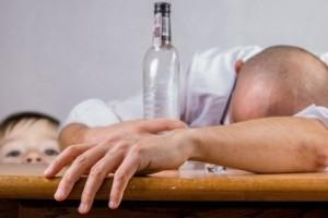 Как лечить алкогольную зависимость