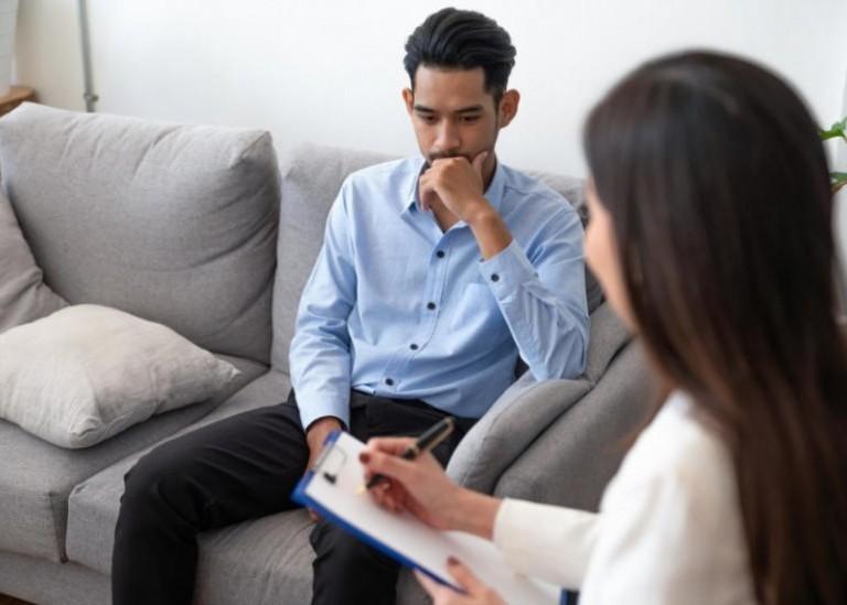 Когда нам следует обратиться к психологу?