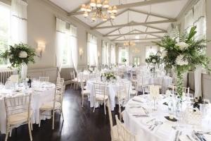Переваги святкування весілля в ресторані
