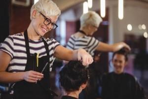 Что нужно учитывать при поиске парикмахера
