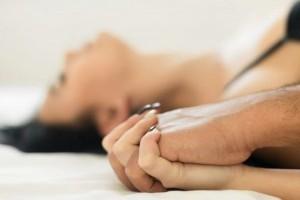 Как исследовать вашу сексуальность без партнера